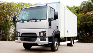 foto de caminhão de mudança fechado